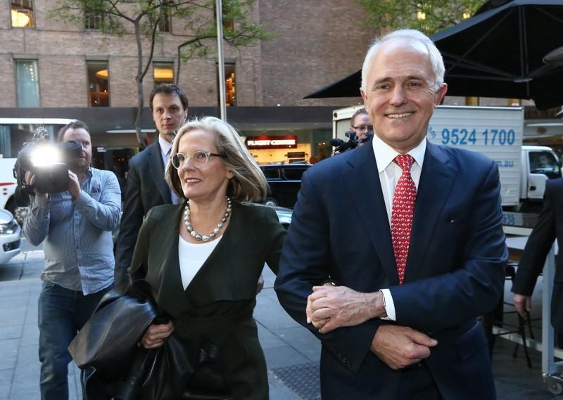 Thủ tướng Malcolm Turnbull và vợ đến cuộc họp báo tại Sydney (Úc) ngày 1-7.