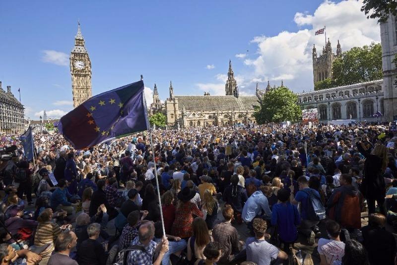 Dân Anh biểu tình phản đối Brexit ở London ngày 2-7.