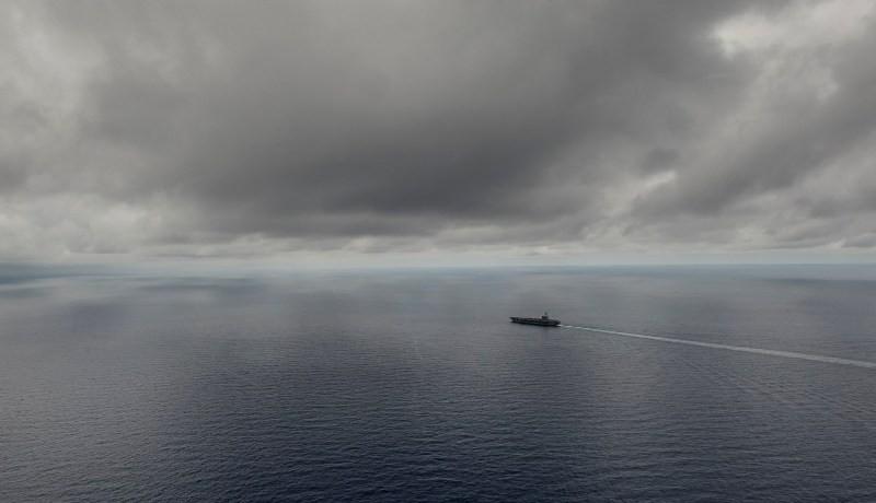 Tàu sân bay USS Ronald Reagan tuần tra biển Đông ngày 5-7.