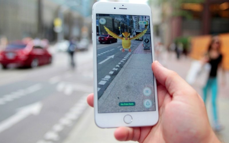 Rất nhiều tai nạn xảy ra vì bắt Pokémon tại Mỹ.