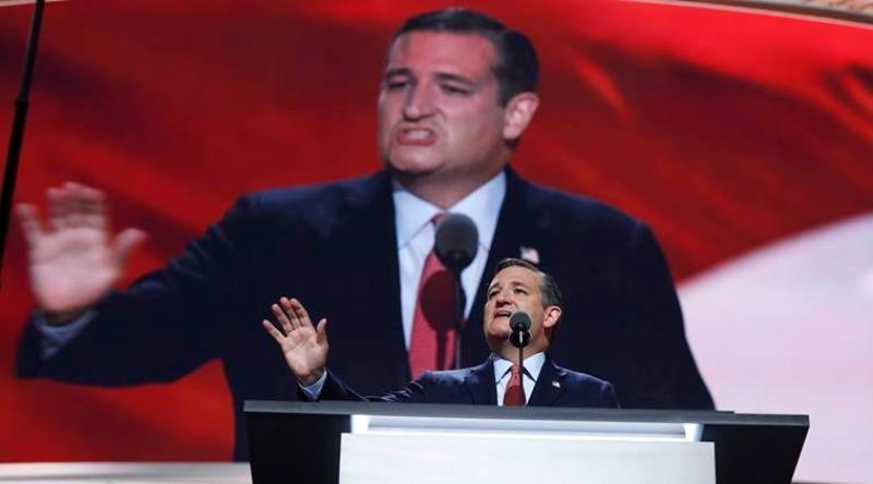 Ông Ted Cruz phát biểu tại đại hội đảng Cộng hòa, đề nghị cử tri Mỹ bỏ phiếu bầu tổng thống theo lương tâm.