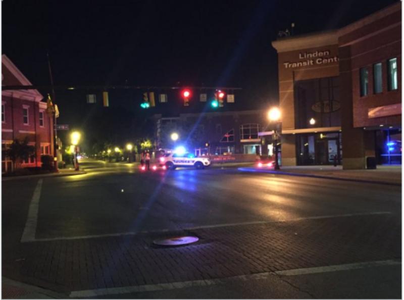 Đường phố Columbus bị phong tỏa sau vụ xả súng.