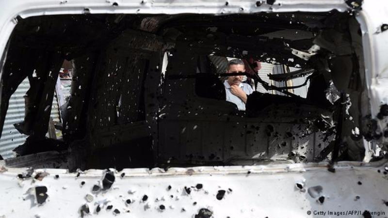 Một chiếc xe hơi dùng để đánh bom tại tỉnh Van (Thổ Nhĩ Kỳ) tối 17-8.