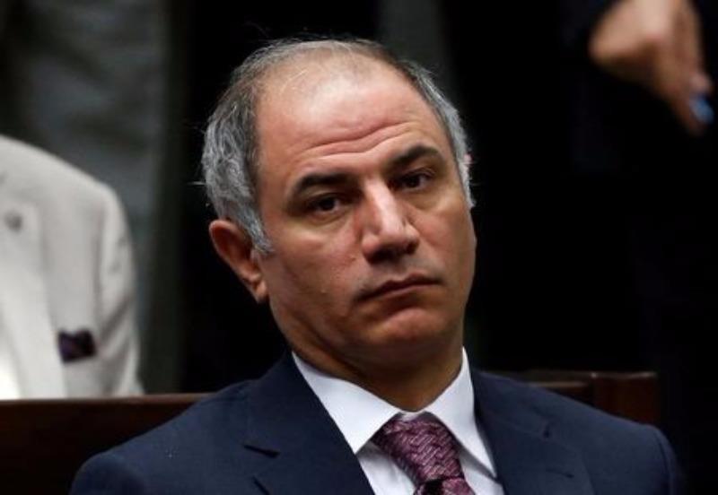 Bộ trưởng Nội vụ Efkan Ala từ chức trong bối cảnh có lo ngại về yếu kém tình báo dẫn đến mất an ninh và đảo chính.