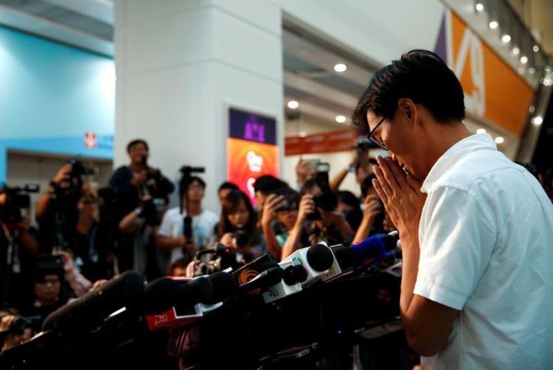 Eddie Chu họp báo sau khi thắng cử vào Hội đồng lập pháp Hong Kong ngày 5-9.