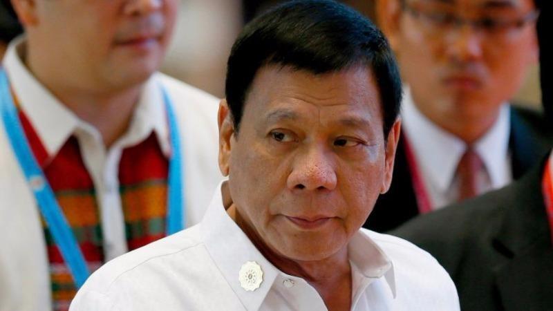 Tổng thống Duterte đến Trung tâm Hội nghị Quốc gia tại Vientiane (Lào) cho các cuộc gặp song phương với các lãnh đạo ASEAN bên lề hội nghị thượng đỉnh ASEAN ngày 6-9.