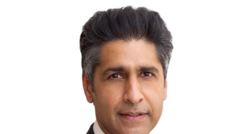 Ông Abid Riaz Qureshi gốc Pakistan là người Hồi giáo đầu tiên được Tổng thống Obama đề cử làm thẩm phán liên bang.