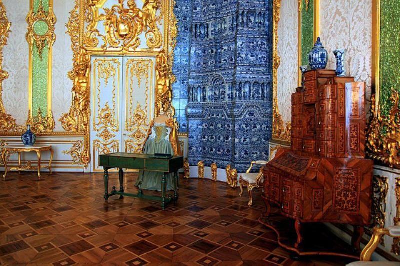 Cung điện Catherine Palace được xây dựng từ thế kỷ 18.
