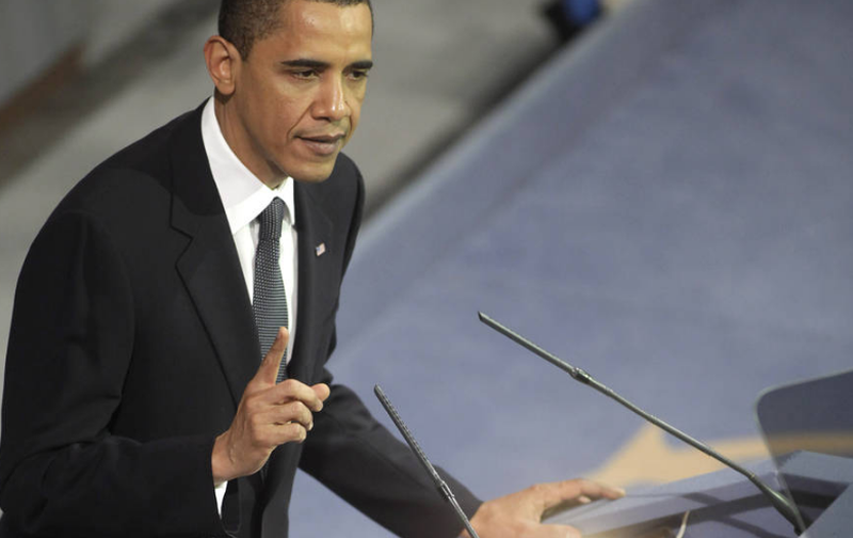 Tổng thống Barack Obama phát biểu tại Lễ trao giải Nobel Hòa bình ở thủ đô Oslo, Na Uy vào ngày 10-12-2009.