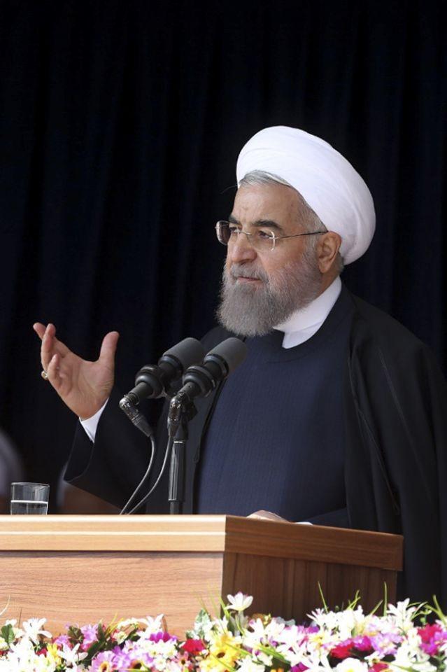 Tổng thống Iran Hassan Rouhani phát biểu trước người dân Iran tại TP Arak (Iran) ngày 23-10.