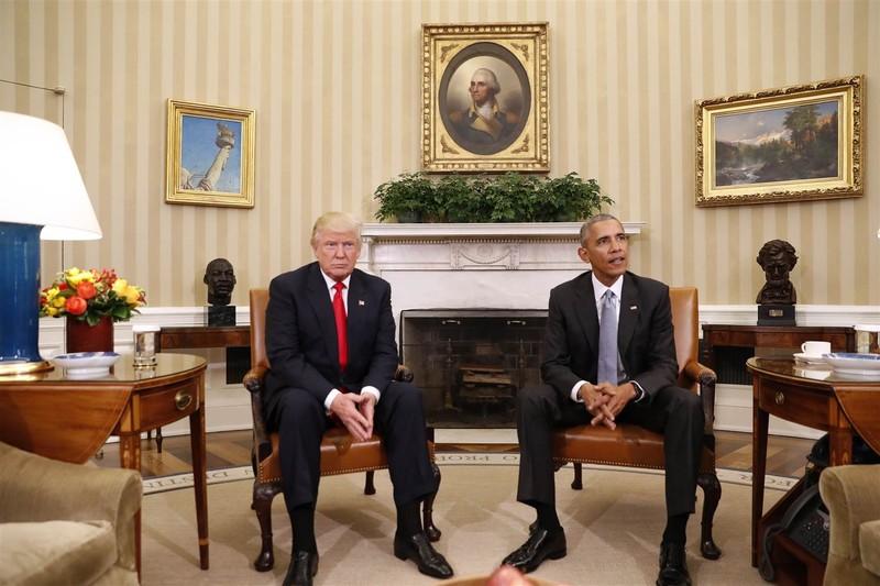 Cuộc gặp diễn ra tại phòng Bầu dục của Nhà Trắng.