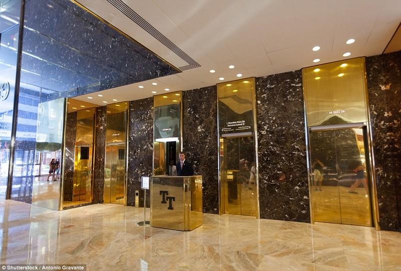 Thang máy tại Trump Tower không chở người lạ đến tầng gia đình ông Trump ở.