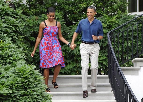 Đệ nhất phu nhân Michelle Obama trong trang phục của Sophie Theallet, cùng Tổng thống Barack Obama.