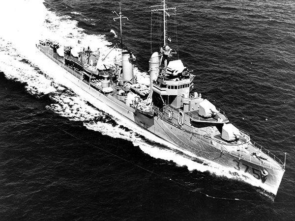 13 tàu chiến Mỹ sống lại sau trận Trân Châu Cảng - ảnh 14
