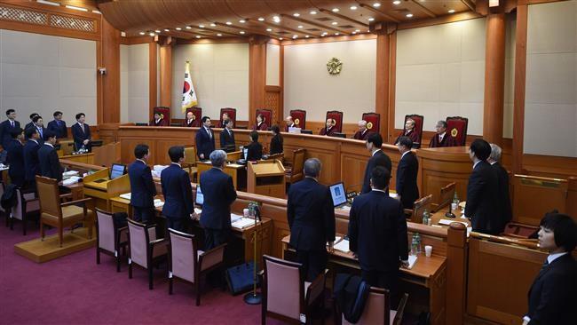Tổng thống Park vẫn không có mặt trong phiên điều trần luận tội tại Tòa án Hiến pháp Hàn Quốc ngày 5-1. Ảnh: AFP