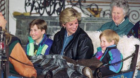 Công nương Diana và hai Hoàng tử William và Harry ở Áo. Ảnh: GETTY IMAGES