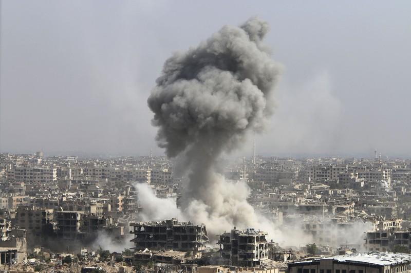 Mỹ từ kẻ dẫn đầu trở thành người ngoài cuộc về Syria. Ảnh: US NEWS