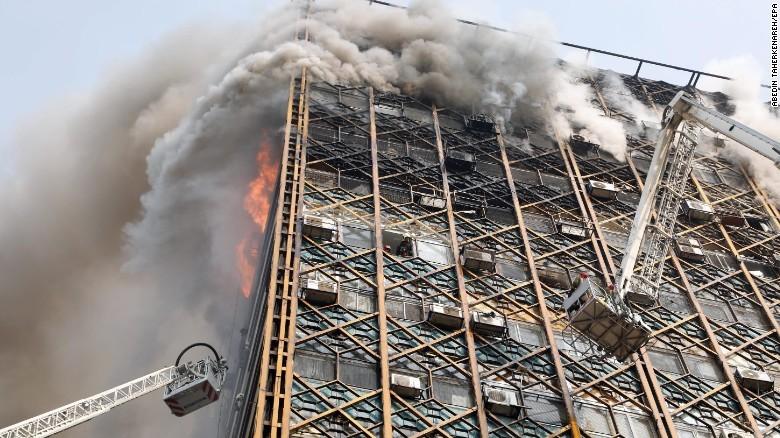Hiện trường vụ cháy. Ảnh: CNN