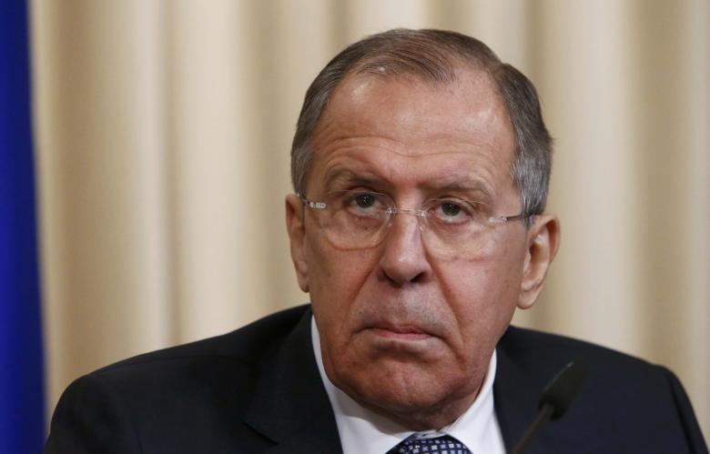 Ngoại trưởng Nga Sergei Lavrov họp báo tại Nga ngày 7-2. Ảnh: REUTERS