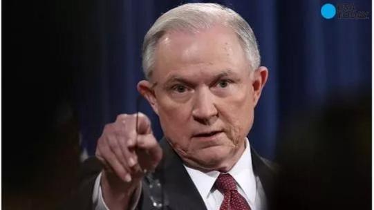 Bộ trưởng Tư pháp Mỹ Jeff Sessions yêu cầu 46 Trưởng công tố được bổ nhiệm thời Obama còn lại từ chức cùng lúc. Ảnh: USA TODAY