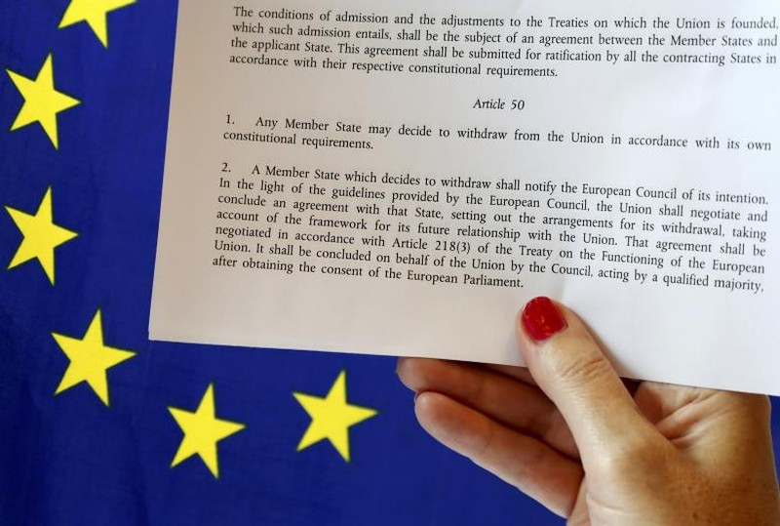 Một nước thành viên nếu muốn rời khỏi EU có thể khởi động Điều khoản 50 của Hiệp ước Lisbon, bắt đầu tiến trình đàm phán rút khỏi EU. Ảnh: REUTERS