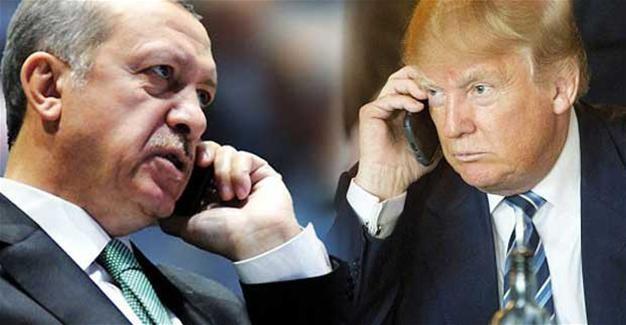 Tổng thống Trump (phải) gọi điện chúc mừng Tổng thống Erdogan (trái) thắng lợi trong cuộc trưng cầu dân ý. Ảnh: HURRIYET DAILY NEWS