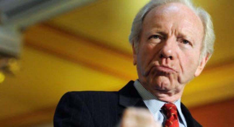 Cựu thượng nghị sĩ, cựu ứng viên phó tổng thống Dân chủ Joe Lieberman là một trong những ứng viên tiềm năng cho vị trí Giám đốc FBI. Ảnh: POLITICO