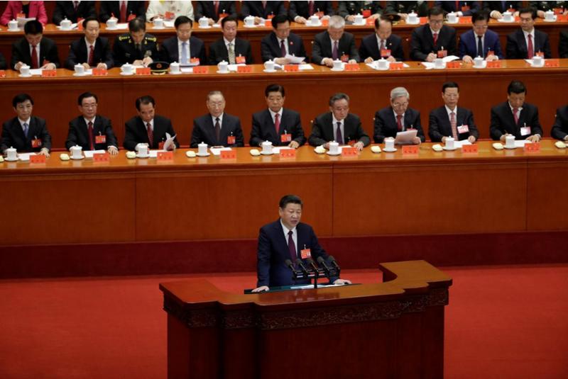 Ông Tập Cận Bình phát biểu trước đại hội ngày 18-10. Ảnh: REUTERS