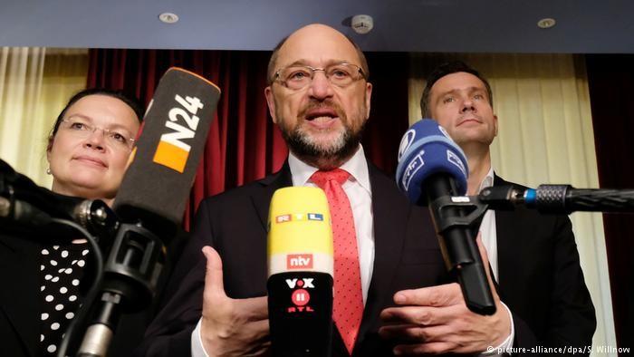 Lãnh đạo đảng SPD Schulz khẳng định không liên minh với Thủ tướng Merkel. Ảnh: DPA