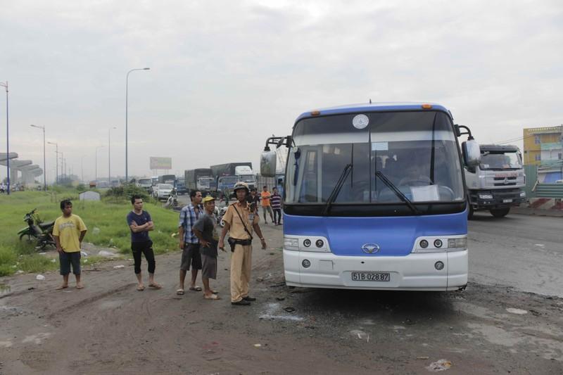 Tai nạn liên hoàn, xa lộ Hà Nội tắc nghẽn nghiêm trọng - ảnh 3
