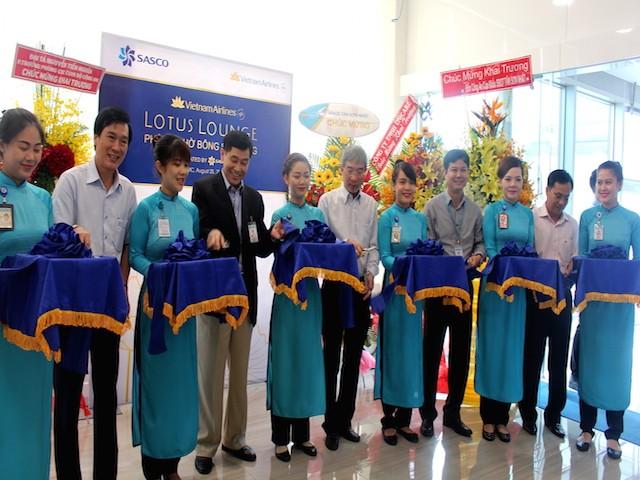 Cận cảnh phòng chờ chuẩn 4 sao ở ga quốc nội sân bay Tân Sơn Nhất - ảnh 2