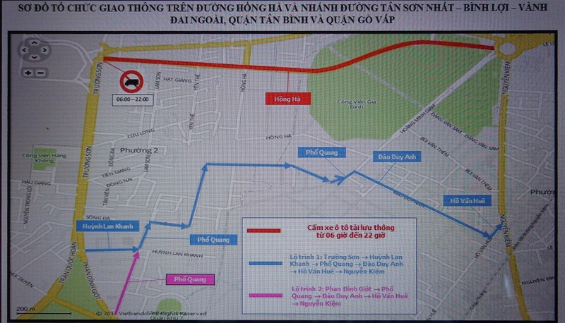Từ 12-11, cấm ô tô tải lưu thông trên đường Hồng Hà - ảnh 2