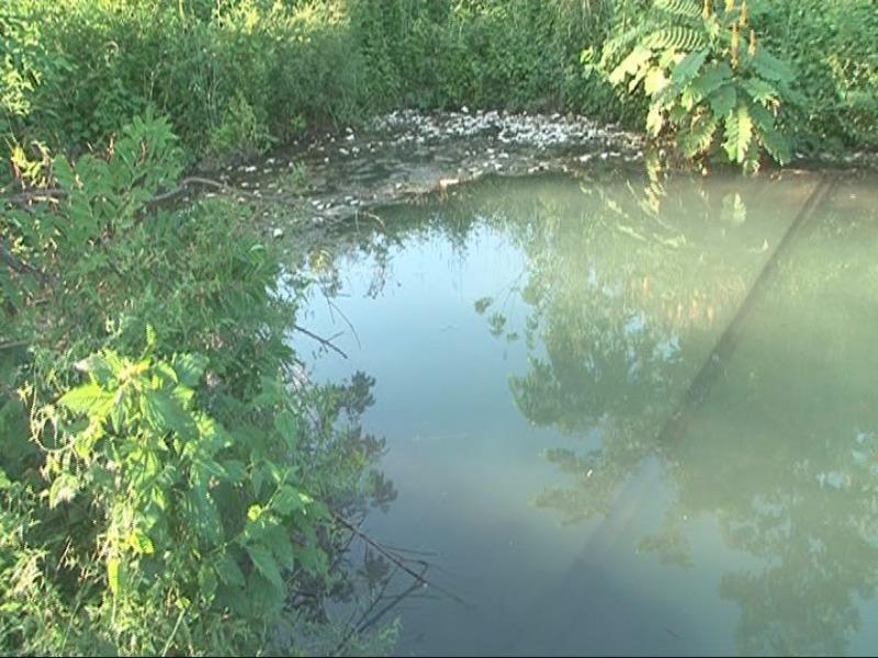 Đi bơi tại hồ không rào chắn, một học sinh chết đuối - ảnh 2