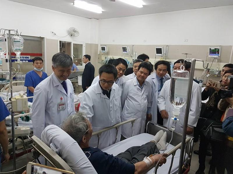 Tết ở bệnh viện viện tuyến cuối - ảnh 1