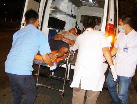 Trắng đêm cứu người bị tai nạn tại hiện trường - ảnh 5