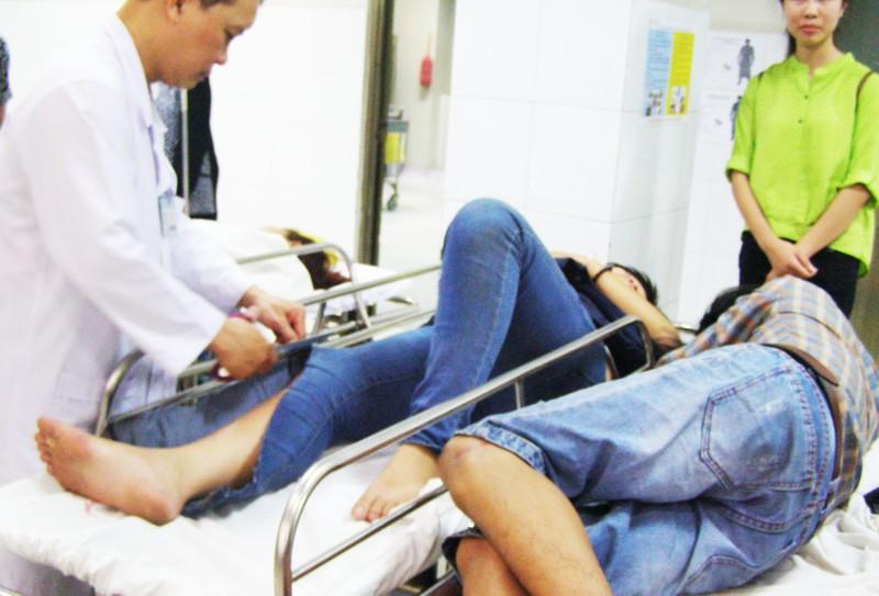 Khóc cười trong phòng cấp cứu - ảnh 1