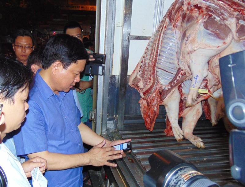 Bí thư Thành ủy TP.HCM lo bữa cơm an toàn cho dân - ảnh 4