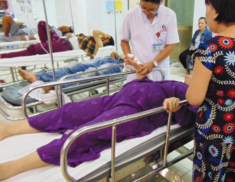 Những chuyện buồn đầu năm trong bệnh viện - ảnh 2