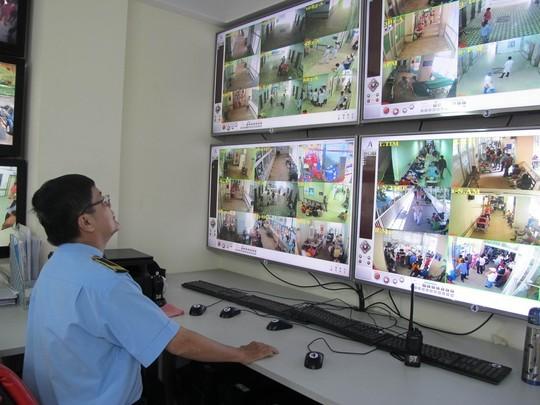 Hệ thống camera an ninh tại Bệnh viện Chợ Rẫy rất hiệu quả trong việc phát hiện trộm cắp tại bệnh viện - ảnh Phạm Dũng