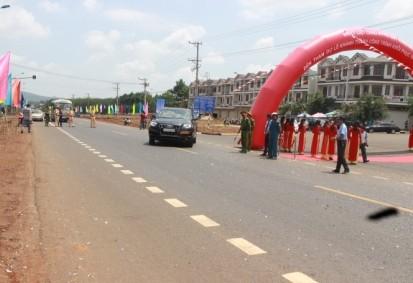 Dự án cải tạo, nâng cấp Quốc lộ 20 chính thức thông xe - ảnh 1