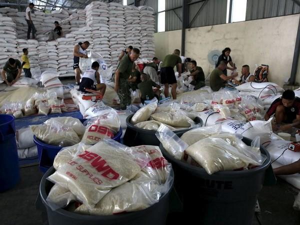 Philippines và Mỹ chuẩn bị đối phó với những trận bão lớn - ảnh 1