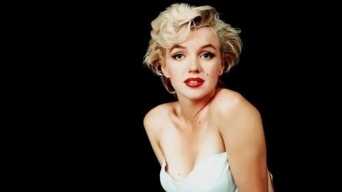 Thành Long, Marilyn Monroe, Cameron Diaz từng là sao phim sex - ảnh 6