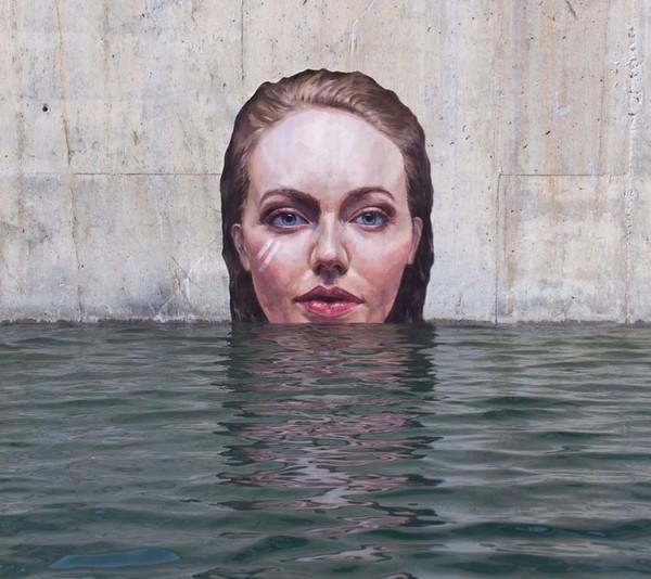 Thẫn thờ trước những bức tranh gái đẹp tắm sông được vẽ trên tường - ảnh 5