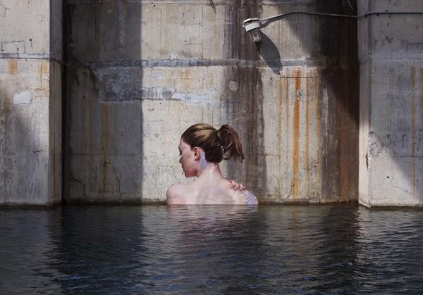 Thẫn thờ trước những bức tranh gái đẹp tắm sông được vẽ trên tường - ảnh 6