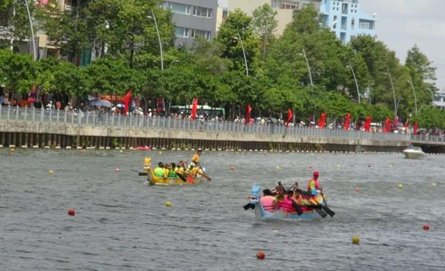 Quận 8 chiến thắng áp đảo tại giải đua thuyền truyền thống TP.HCM - ảnh 1