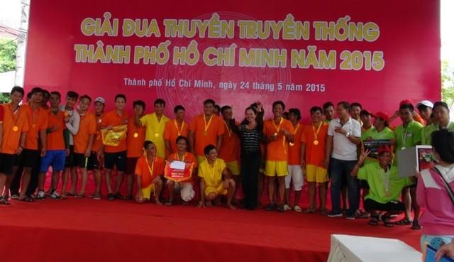 Quận 8 chiến thắng áp đảo tại giải đua thuyền truyền thống TP.HCM - ảnh 2