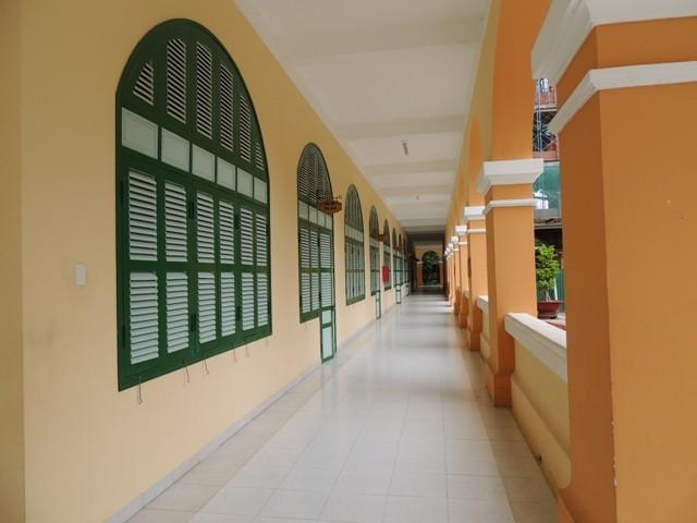 Ngôi trường cổ nhất miền Tây đang được… hiện đại hóa - ảnh 2