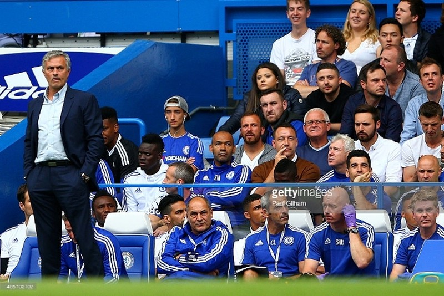 Ngày kỷ niệm đáng quên của Mourinho - ảnh 1
