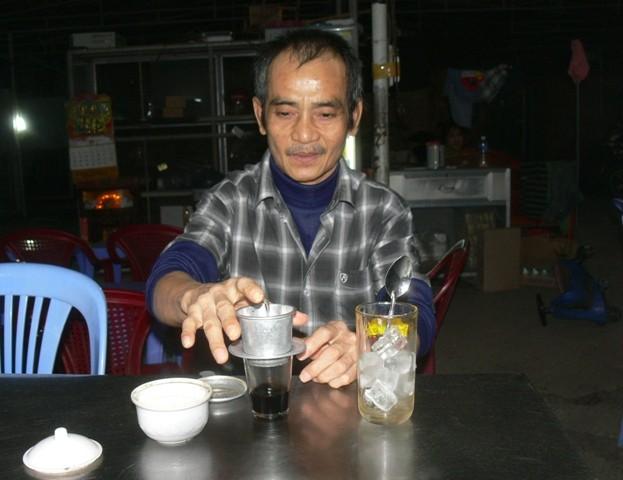 Ông Huỳnh Văn Nén ra khỏi trại tạm giam để chữa bệnh - ảnh 4