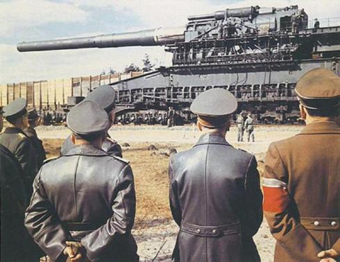 Khẩu pháo siêu khủng của trùm phát xít Hitler - ảnh 1